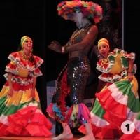 Bailarinas comparsa del carnaval